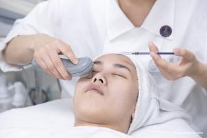 美容上演初班结业大考,看各位新晋美容师如何应对?