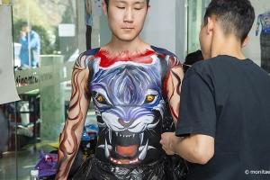 形象设计大专班182和183班91位学员今日晋级成为人体彩绘师