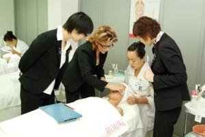 2009年CIDESCO美容师考试培训将于10月11日开始