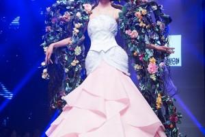 《时装.梦境》刘晓阳形象设计工作室2015届作品展