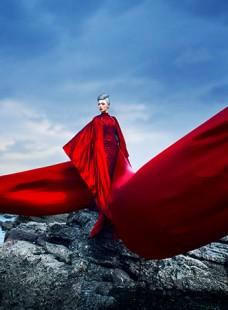 气象磅礴的红,翻江倒海的岩