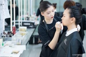 化妆师的职业前景好吗