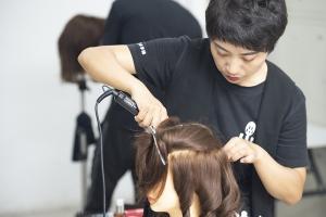 学美发前景好吗?美发师好找工作吗?