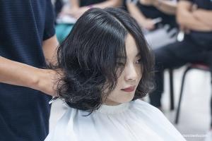 美发大师刘晓平老师亲自授课,两款造型带发型师感受染烫