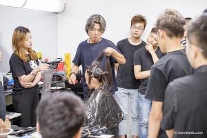 美发师的职业前景好吗