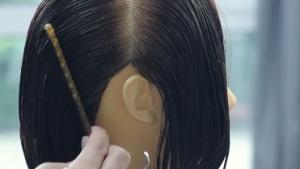 女士中长发二分区中低层次修剪教程
