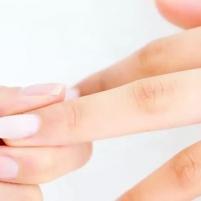 【蒙妮坦美甲】甲油胶的另类用法,做成贴纸装饰指甲