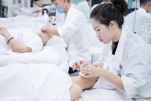 深圳如何找到好的美容学校